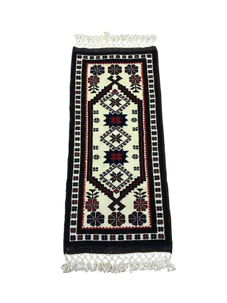 yagcibedir tribal rug 12 - Famous Things To Buy In Turkey