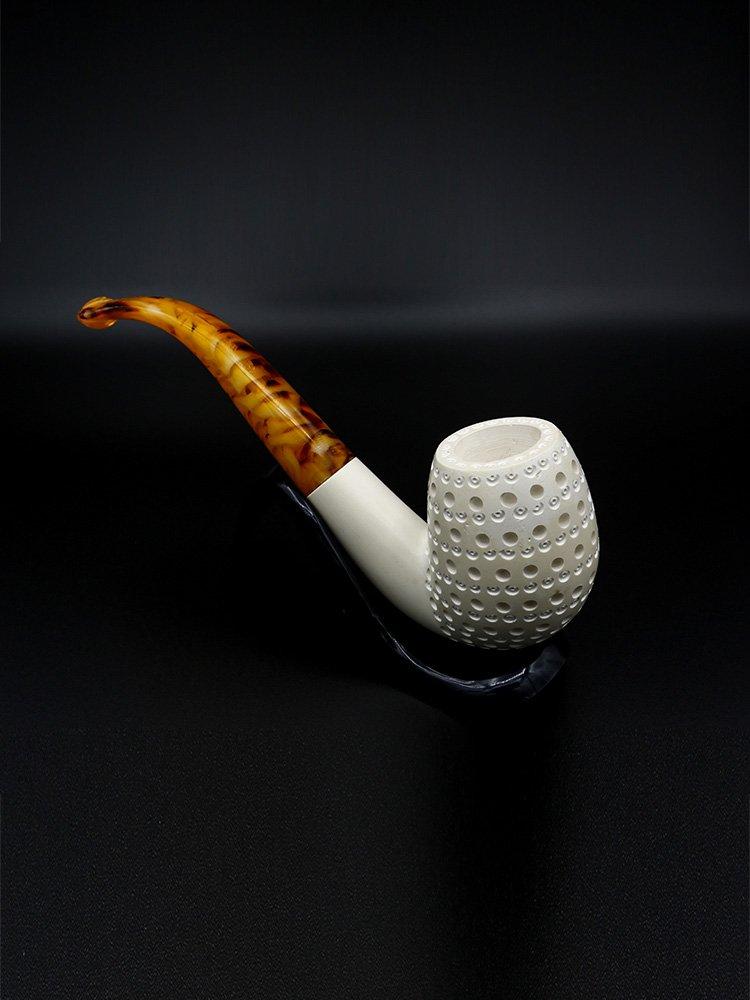 bent billiard meerschaum pipe 2 - Old Tradition: Meerschaum Pipes