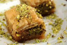 turkish baklava - Famous Things To Buy In Turkey